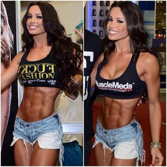 Fernanda Davila (21)