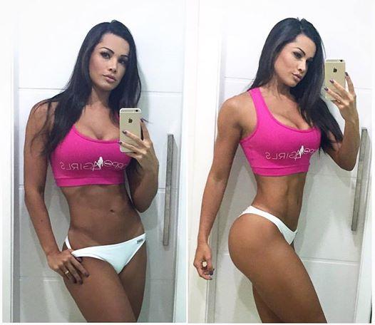 Fernanda Davila (26)