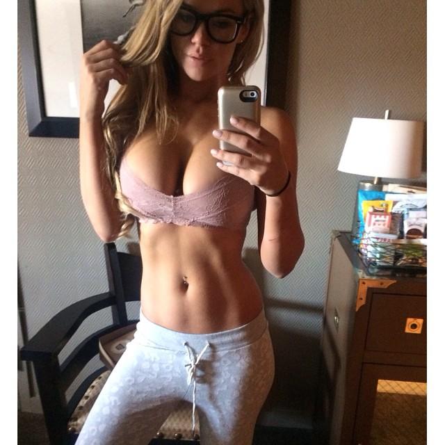 Jessa Hinton  (15)