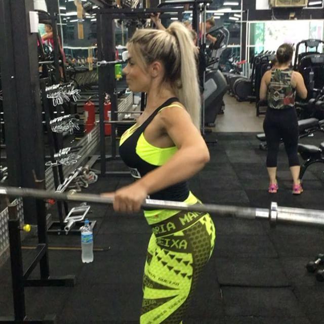 Roberta Zuniga brazilian fitness model (13)