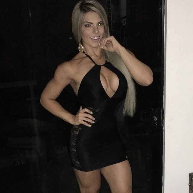 Roberta Zuniga brazilian fitness model (54)