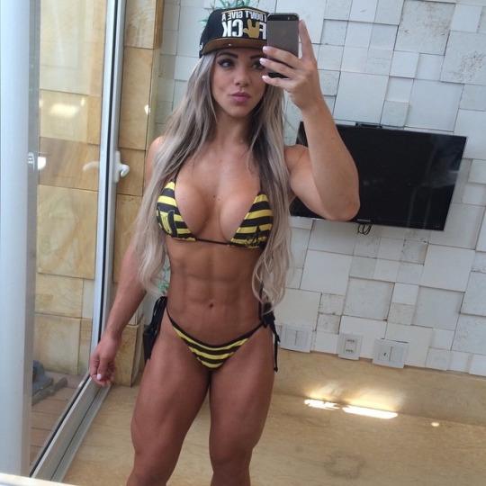 Roberta Zuniga brazilian fitness model (66)