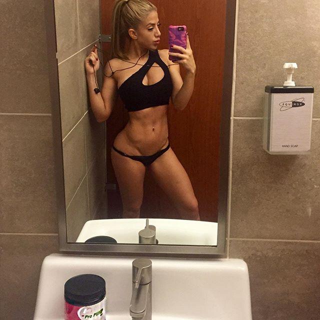 Valeria Orsini (49)