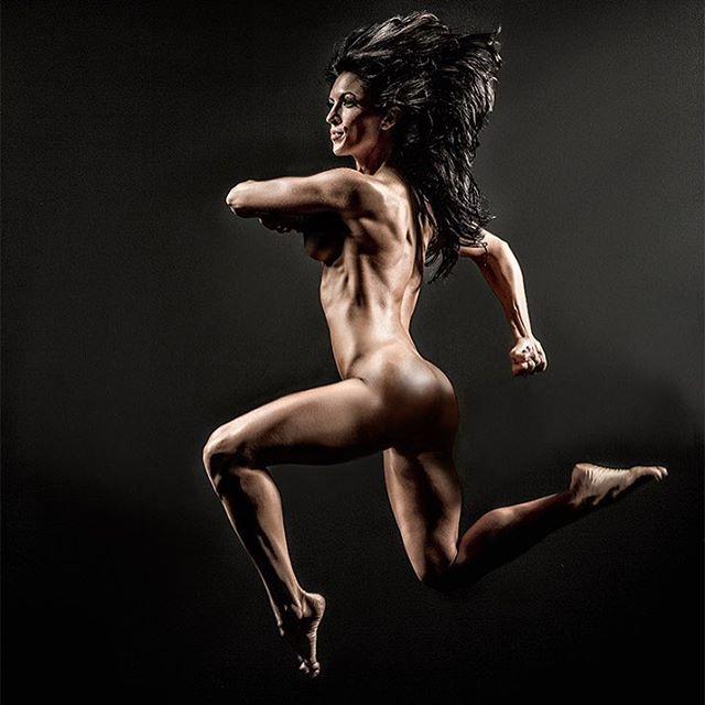 Amanda Latona (51)