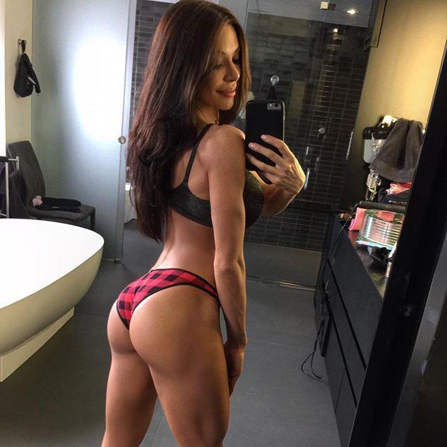 Bianca Gabriela (83)