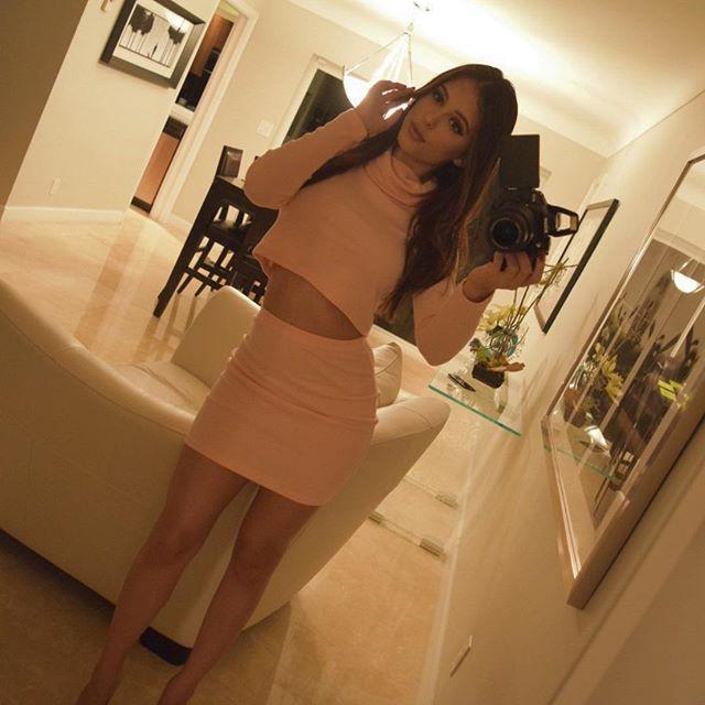 Daniella Lanio (40)