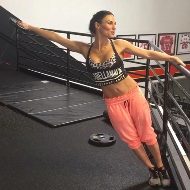 Lauren Abraham (50)