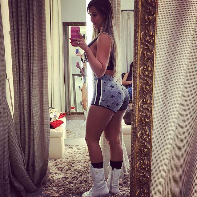 Lygia Fazio (28)