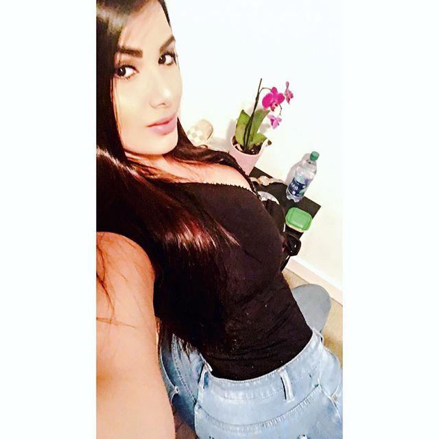 Maria Gabriela Lobaton (58)