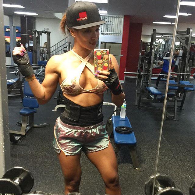Melissa Piedrahita (23)