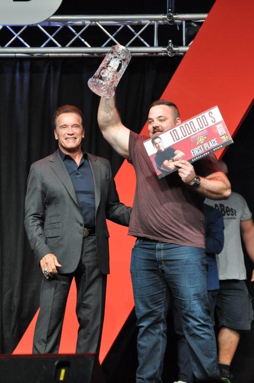 Чемпион Arnold Classic Europe Strongmen 2017