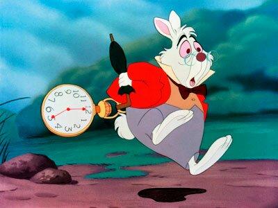 Le temps file aussi vite que le lapin blanc dans Alice au pays des merveilles. La motivation permet de le suivre un tant soit peu.