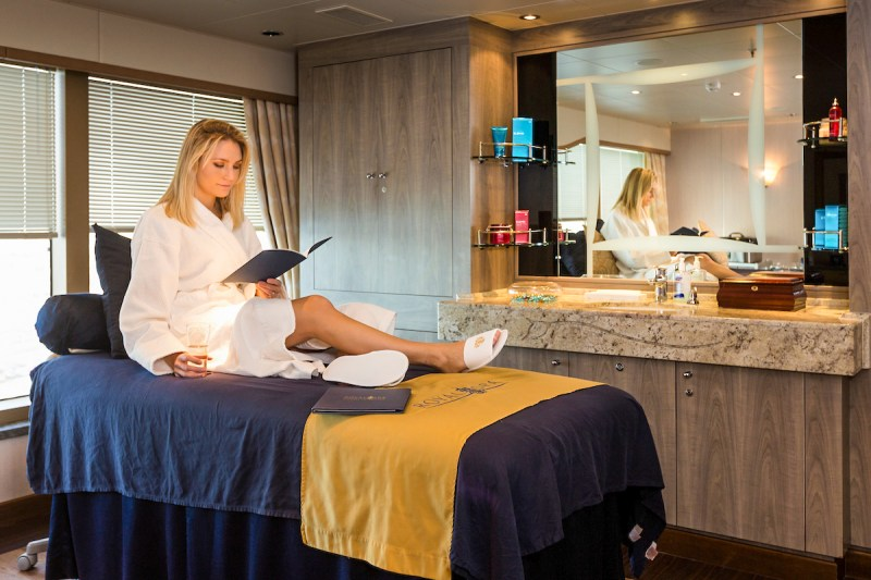 Faya Nilsson (fitnessontoast) relaxes before for a Remede Customised Massage in the Royal Spa on board Cunard's Queen Elizabeth in Southampton. Picture date: Tuesday January 3, 2017. Photograph by Christopher Ison © 07544044177 chris@christopherison.com www.christopherison.com