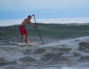 eric sup surf playa uvita