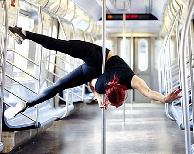 3..instagram-fitness-strength-gym-flexibility-yoga-women_s-fitness-women_s-health-motivation-fit-women-motivating-instagrams-pole-dance-dance-dancing-ice-climbing-climbing-boulderin