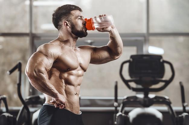 Se recomienda el consumo de 3 a 5 gramos de creatina por día