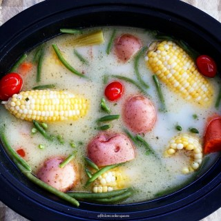 Slow Cooker Vegetarian Low Country Boil