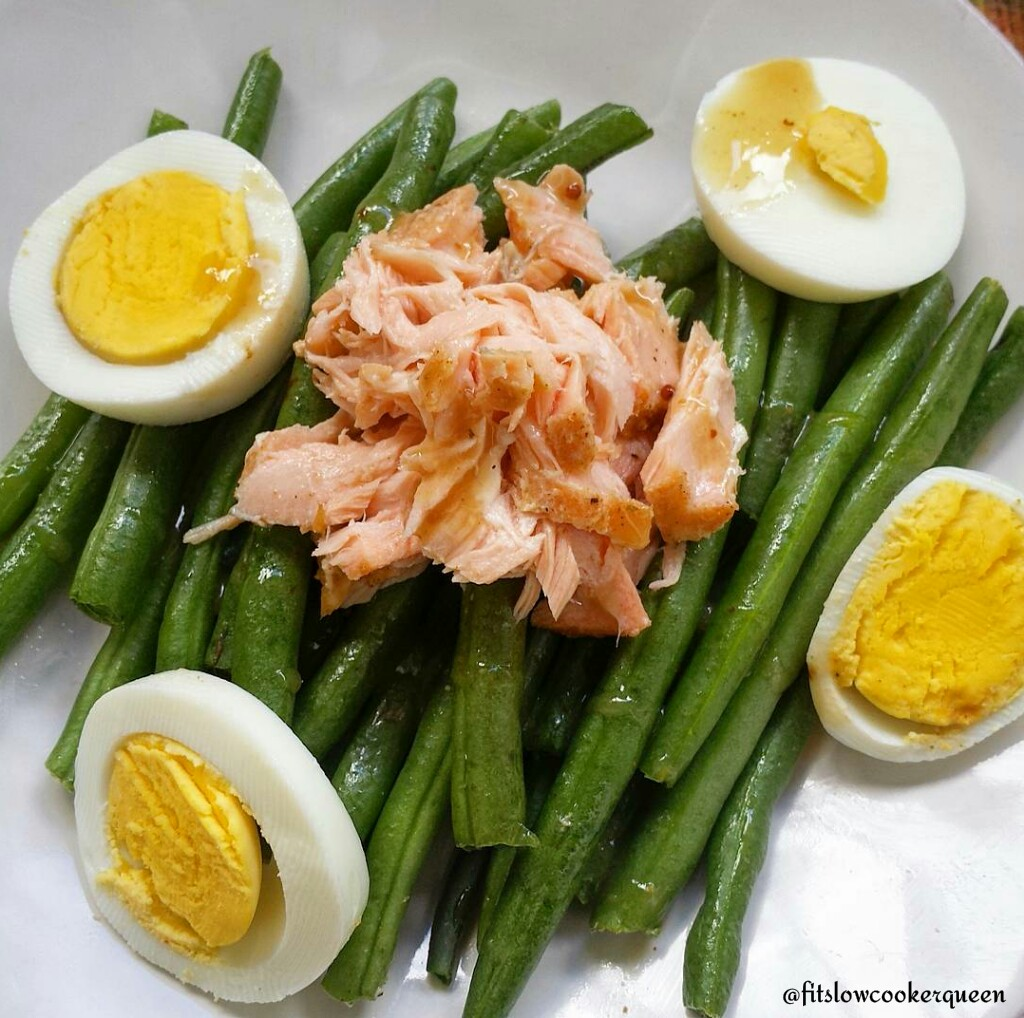 Salmon, Egg and Green Bean Salad w/Dijon Vinaigrette
