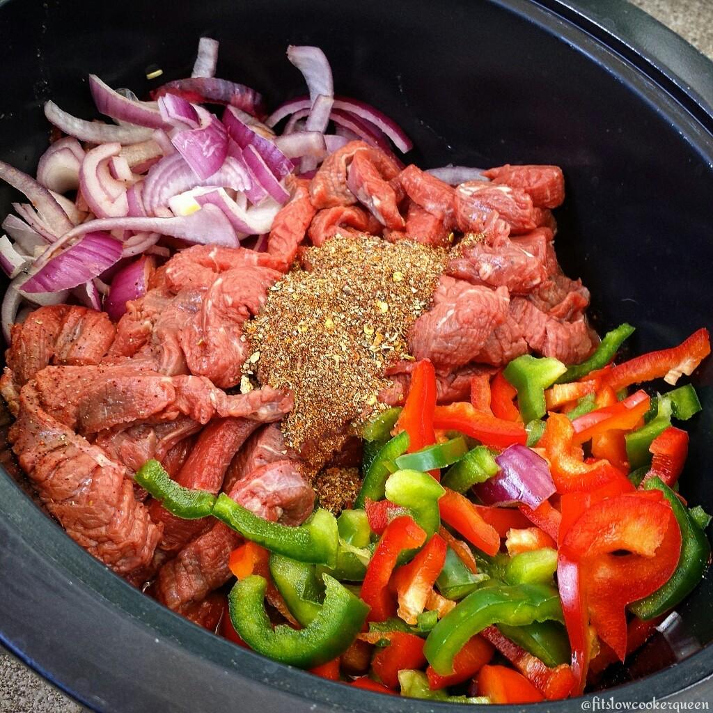 5-Ingredient Slow Cooker Steak Fajitas (Paleo, Whole30 ...