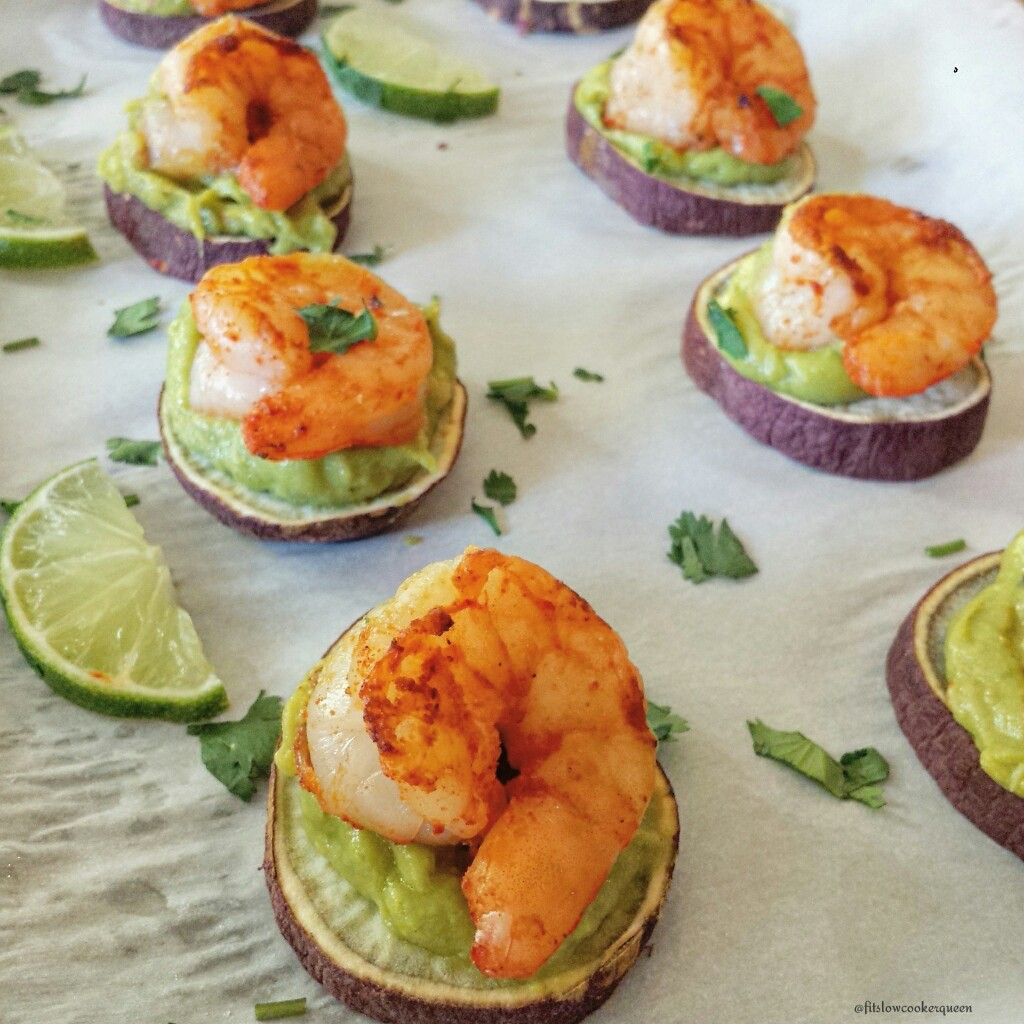 Paleo Shrimp Guacamole Bites