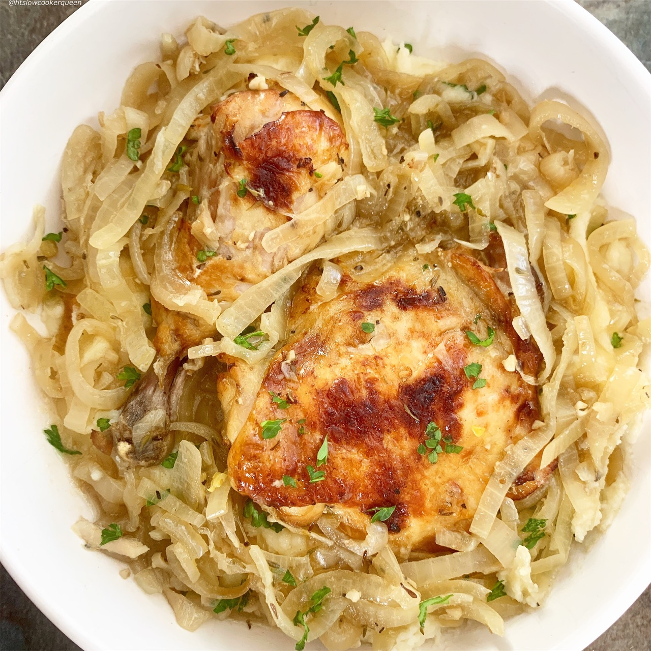 French onion chicken French onion soup flavors but without the cheese to make this recipe low-carb, paleo and whole30 compliant. Make this meal in your slow cooker or Instant Pot.