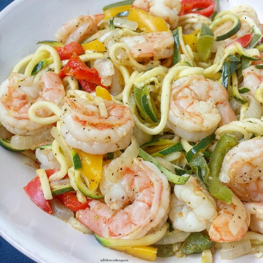 low carb shrimp stir fry with zoodles 4