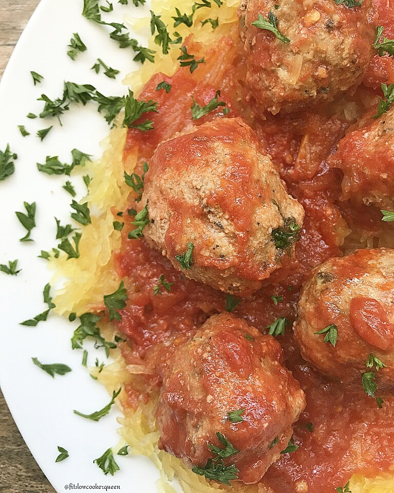 slow cooker spaghetti squash meatballs whole30 paleo 4
