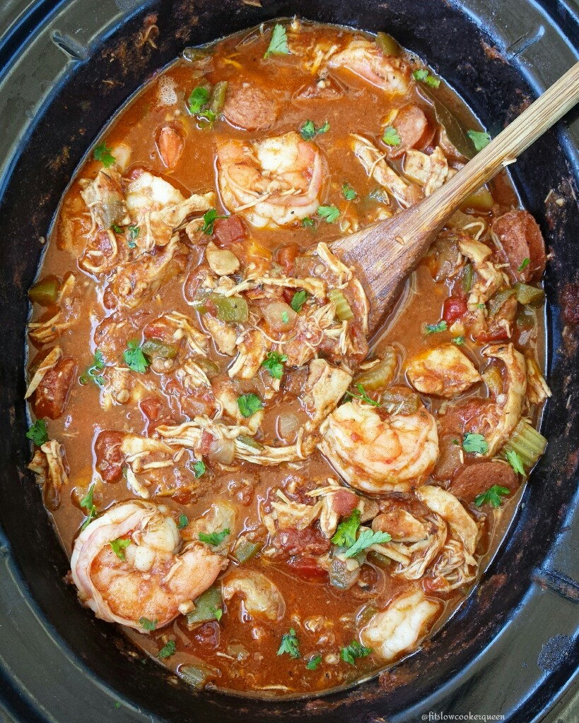 Packed with Creole and Cajun flavors, this easy gumbo recipe is sure to please. Not just easy this is healthy too being both whole30 and paleo compliant.