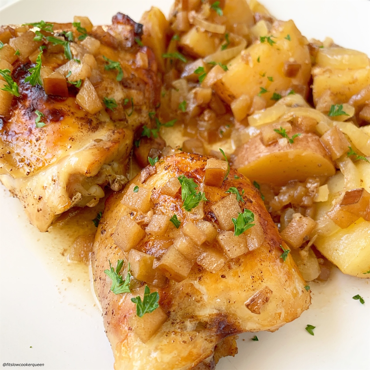 plated pic of cooked Slow Cooker Instant Pot Chicken with Apples & Honey (6)