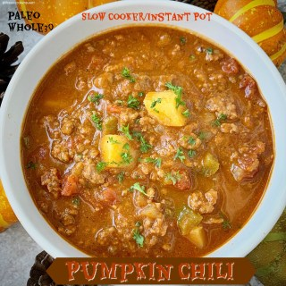 {VIDEO} Slow Cooker/Instant Pot Pumpkin Chili (Paleo, Whole30)