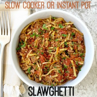 {VIDEO} Slow Cooker/Instant Pot Slawghetti (Low-Carb, Paleo, Whole30)