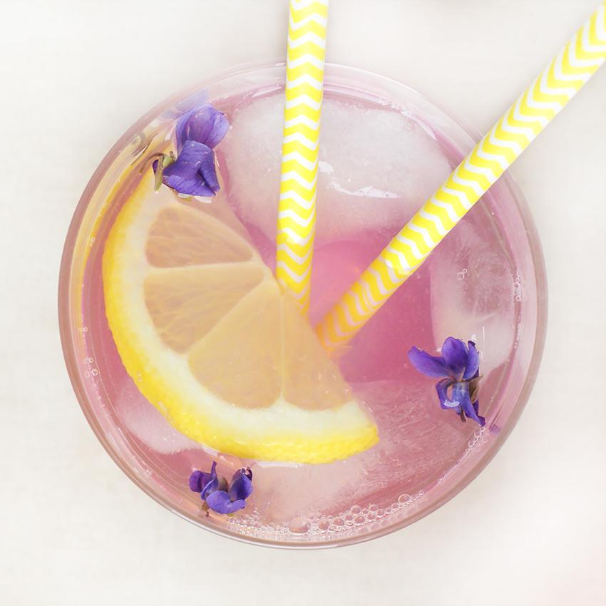 Wiosenna lemoniada fiołkowa