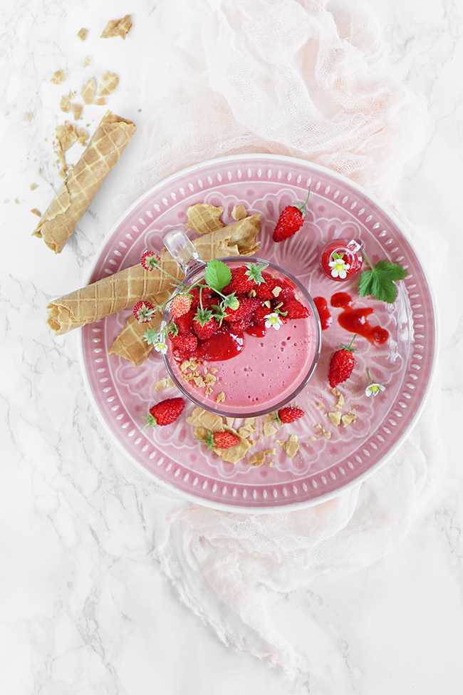 Jogurtowo-truskawkowa FIT pianka