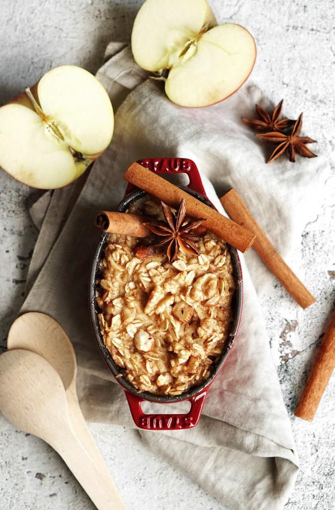 Pieczona owsianka z jabłkami
