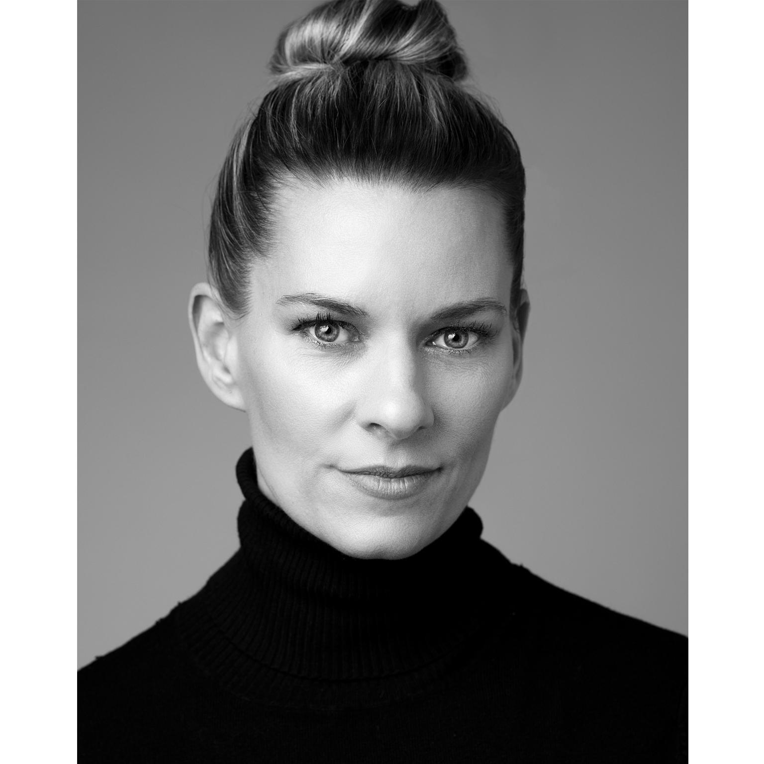 Toronto-Fitness-Model-Agency-Beauty-Portrait-Model-Adrienne-Davis
