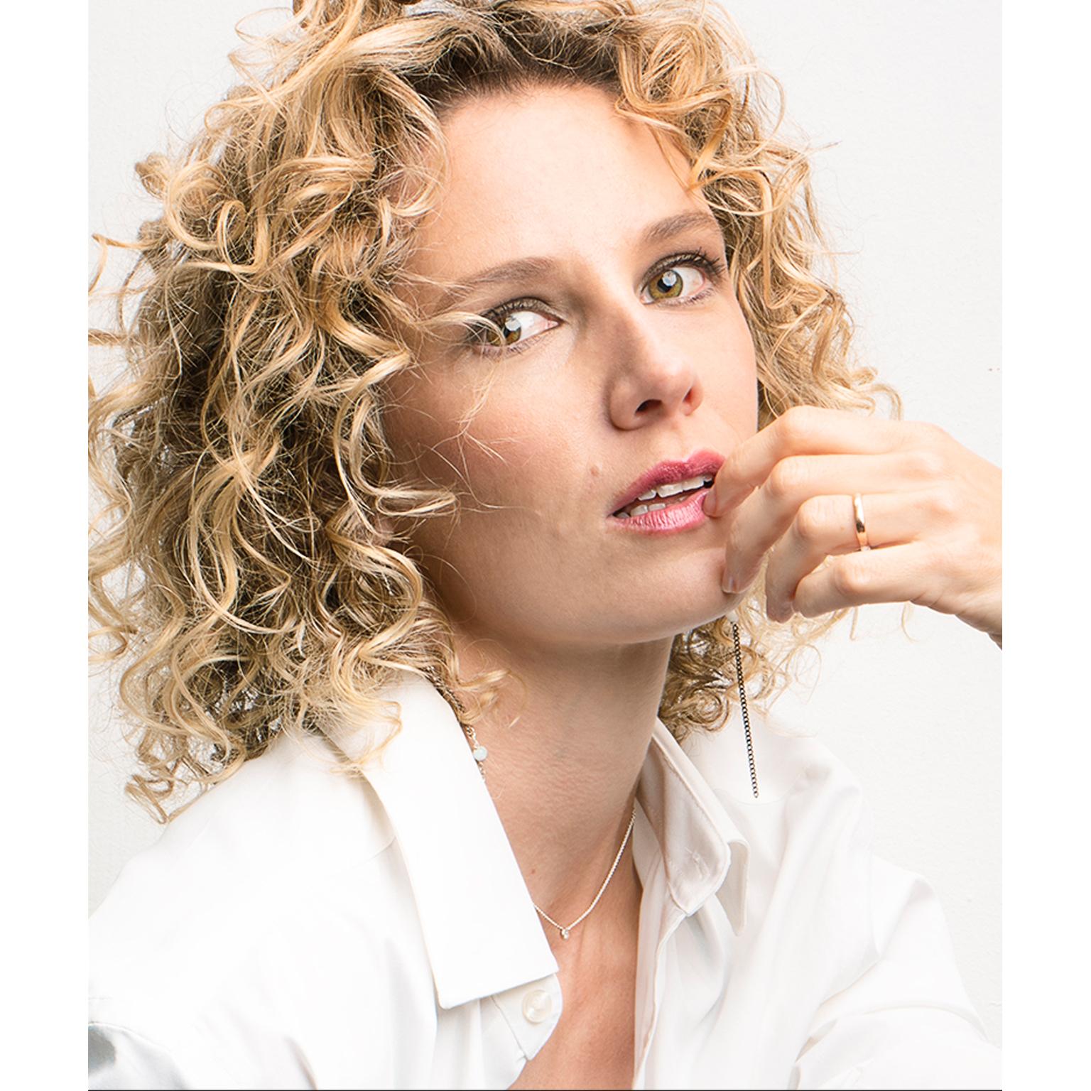 Toronto-Fitness-Model-Agency-Glamour-Portrait-Tiffany-Babiak