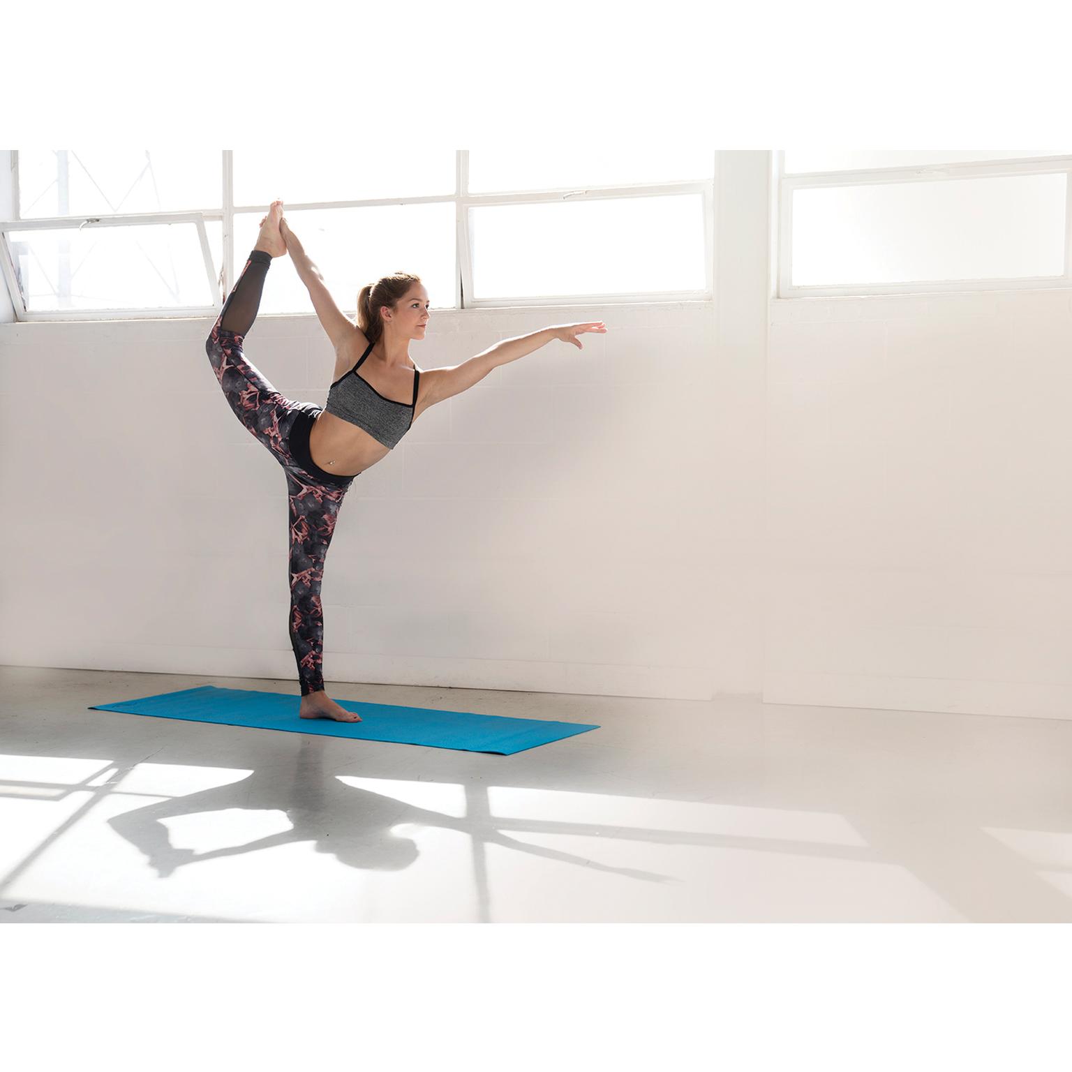Toronto-Fitness-Model-Agency-Lifestyle-Commercial-Fitness-Elizabeth-Kalashnikova