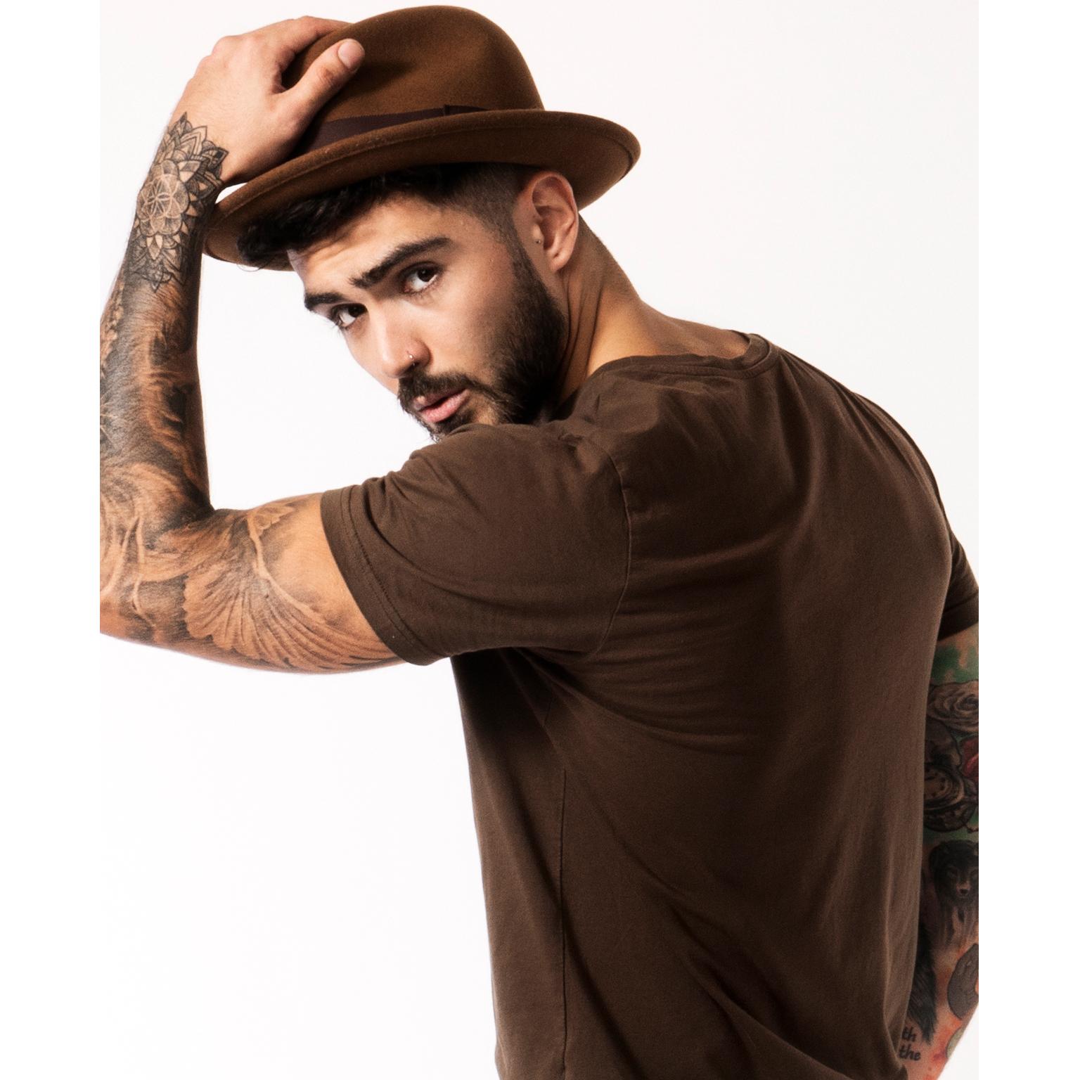 Toronto-Fitness-Model-Agency-Lifestyle-Headshot-Rob-Lopez