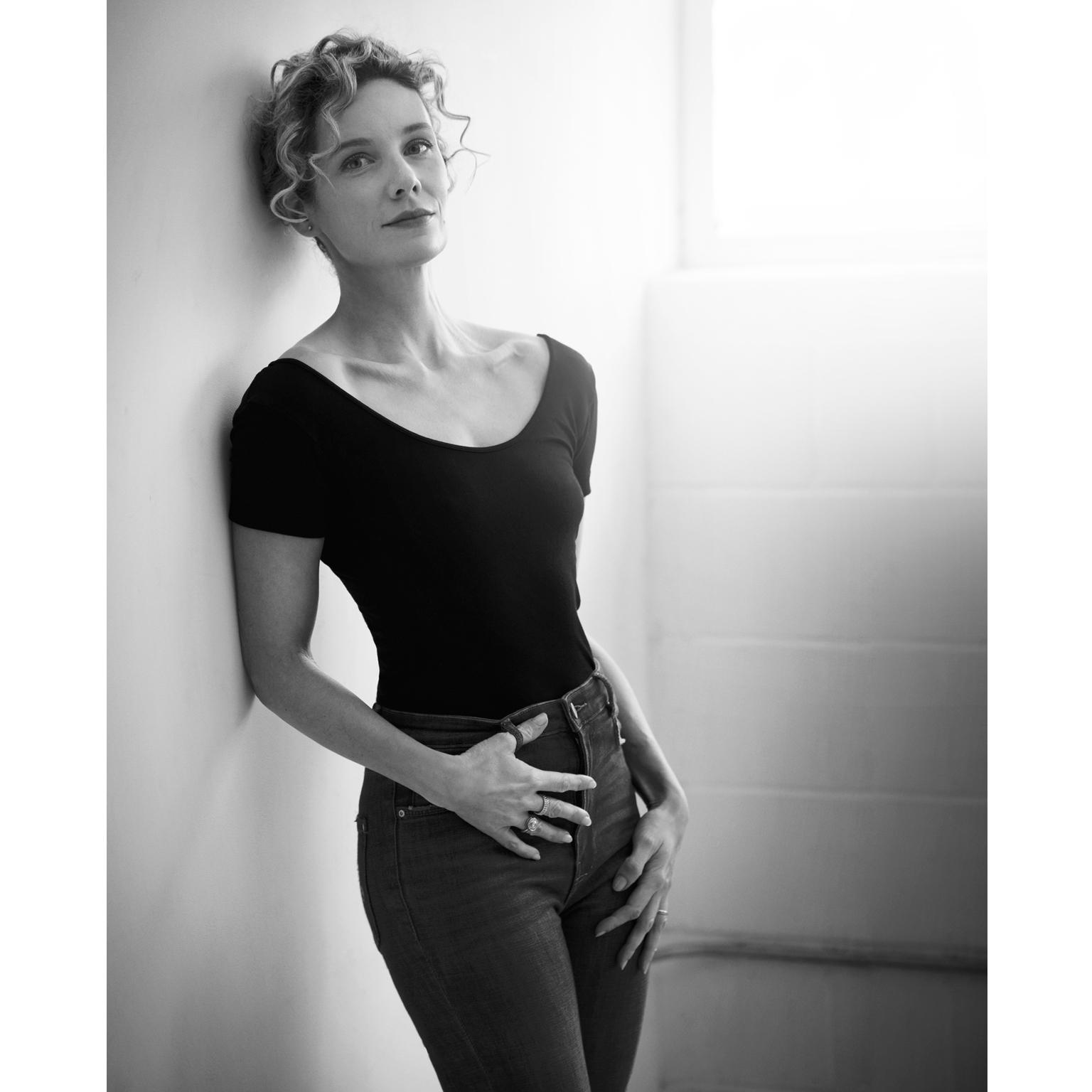 Toronto-Fitness-Model-Agency-Lifestyle-Portrait-Tiffany-Babiak