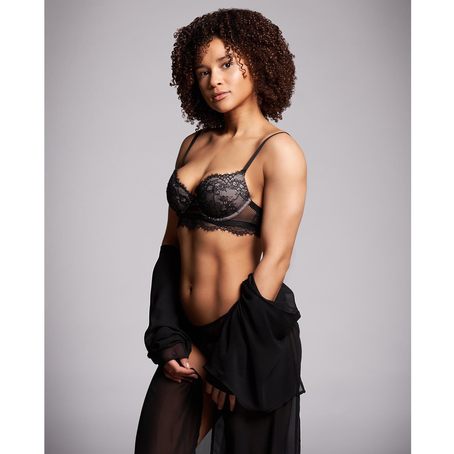 Toronto-Fitness-Model-Agency-Lingerie-Commercial-Olivia-Mbolekwa