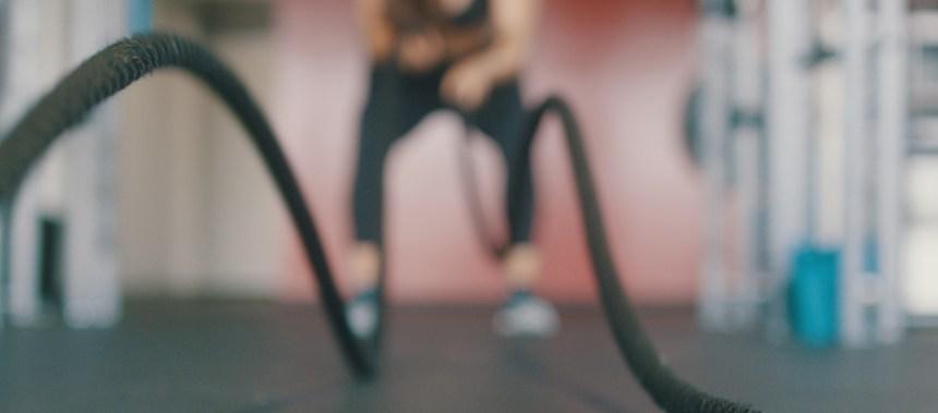 1 uur cardio of 20 minuten HIIT workout ( X 3 keer per week). Waarmee val je meer af?
