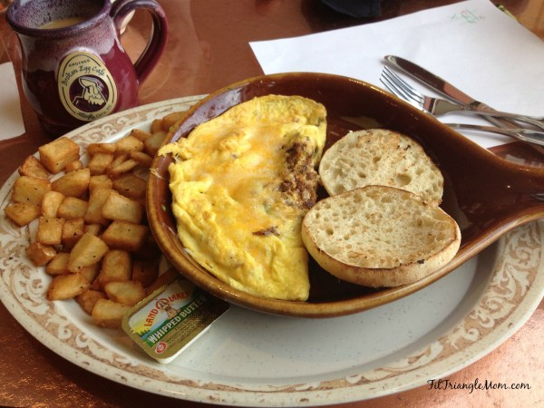 Another Broken Egg Cafe serves delicious omelettes, waffles, pancakes & mimosas. Celebrate Breakfast!