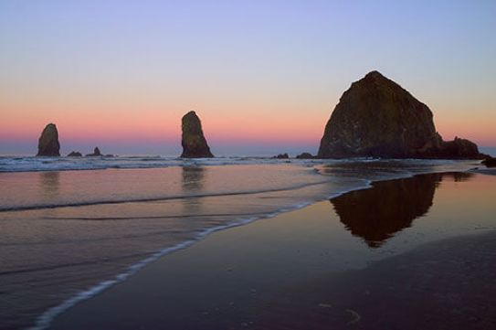 6 day trips from portland haystack rock oregon coast
