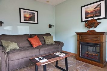 agate beach family room