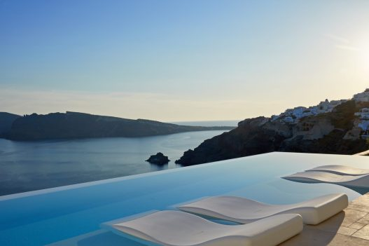 Santorini Hotels for Couples Canaves