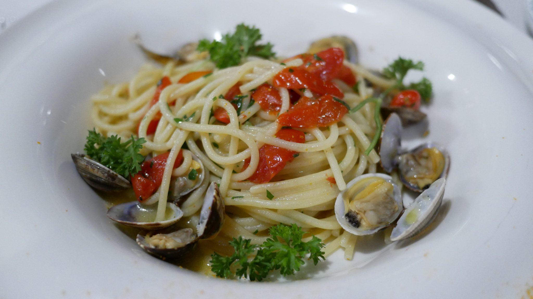 restaurant amalfi coast fittwotravel.com