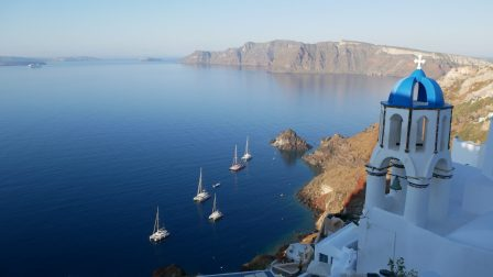 where to stay in santorini fittwotravel.com