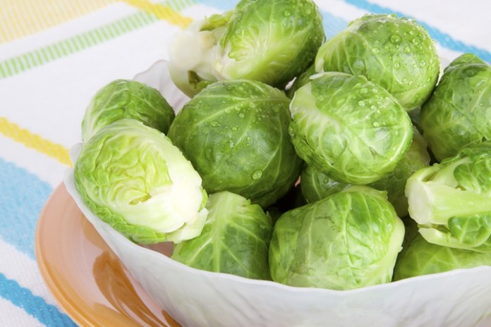 22種美味的高纖食物_Brussels-sprouts-in-bowl
