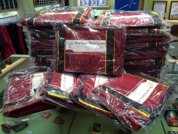 [跑向台北] 台灣賽事必備的紅色衣物保管袋_05
