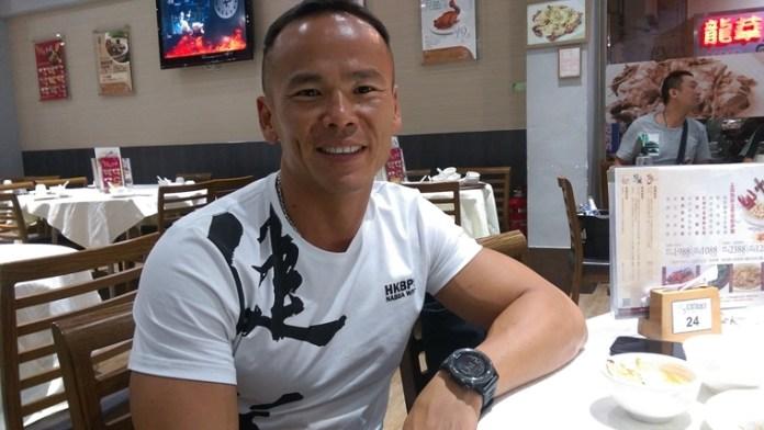 訪問當日,劉 Sir 身上「伶瓏浮凸」的肌肉「平伏」了,晚飯吃的都是「正常人」吃的餸菜。